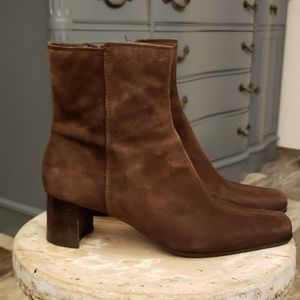 Nine West brown suede ankle boots 8.5